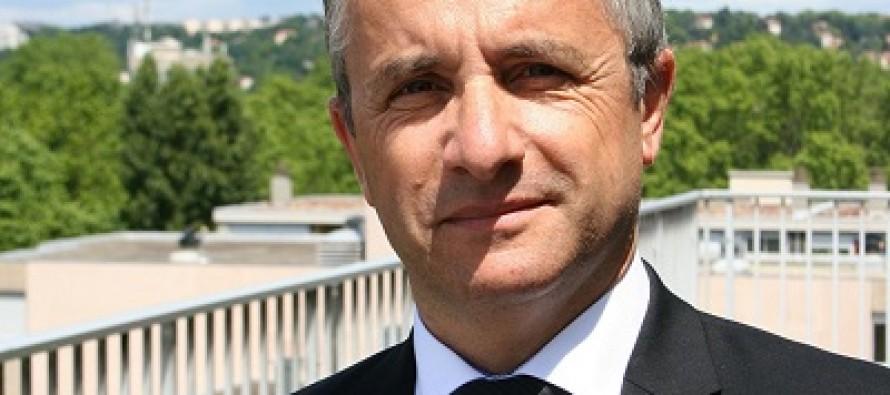 Jacques Blanchet redéfinit une politique régionale de l'apprentissage.