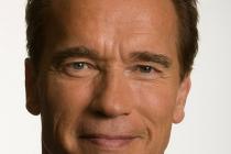 Arnold Scharwzenegger signe avec l'école des mines